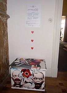 """108 tales of love""  Interaktive soziale Plastik Installationsansicht, 9. Yogafestival Berlin 2012"