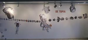 """""""De Topia"""" Collagemontage  12 x 2,50 m, Gesamtansicht, Einzelausstellung FORM DICH ZU MIR Tatau Obscur Art Galerie Berlin 2012"""